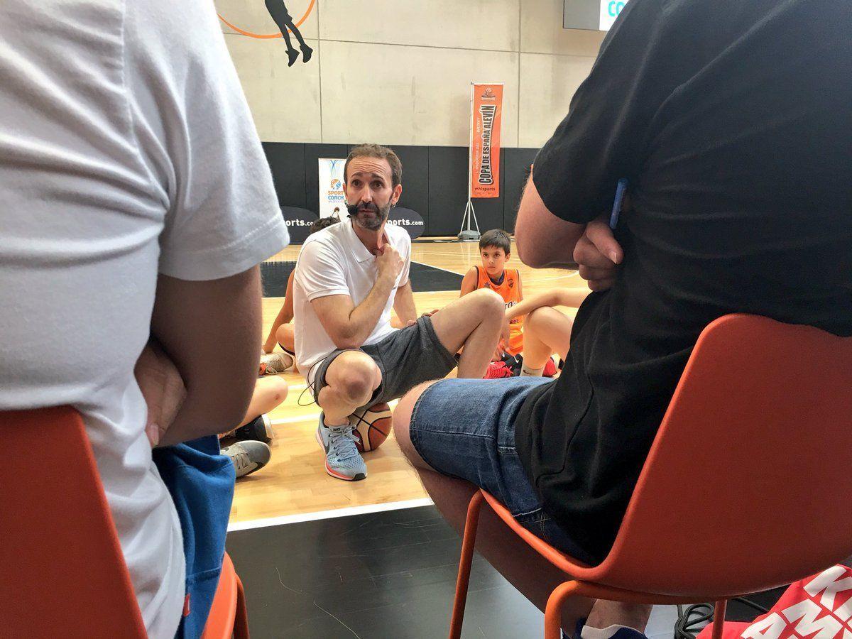 Sito Alonso en el I Congreso de Minibasket