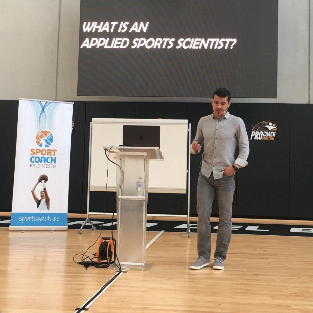 Xavi Schelling, director del área de ciencias del deporte en SA Spurs, reclama el valor de la estadística