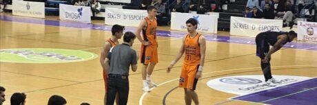 Gonzalo dando órdenes a uno de sus jugadores