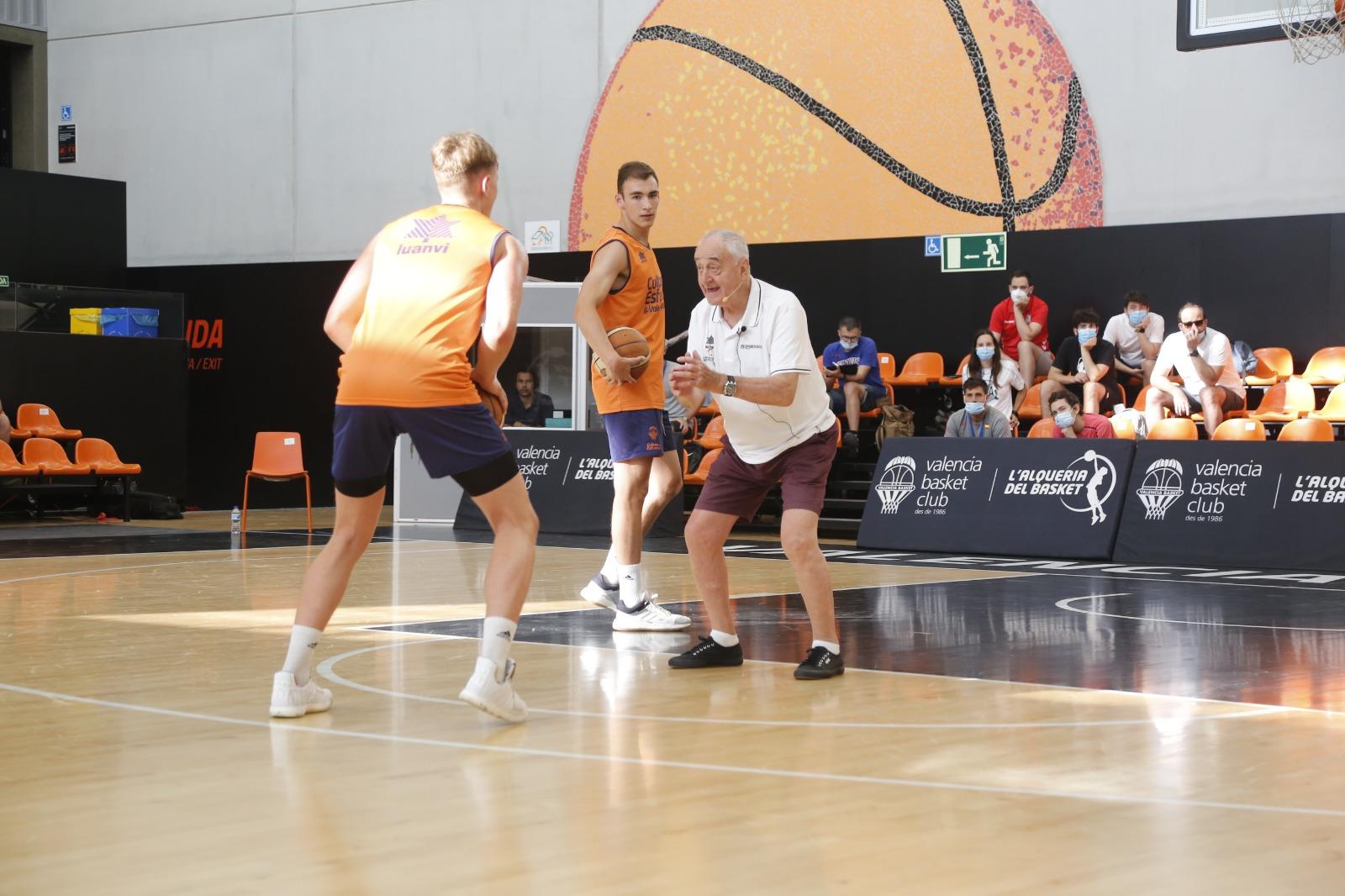 Pepe Laso, ENTRENADOR de baloncesto
