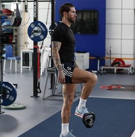 Sergio Ramos trabajando su recuperación de lesión